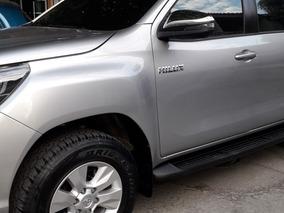 Toyota Hilux,como Nueva