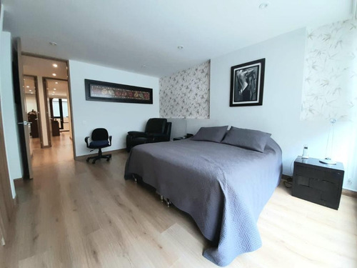 Hermoso Apartamento Con Terraza En Santa Bárbara