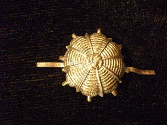 Antiguo Pin De Bronce