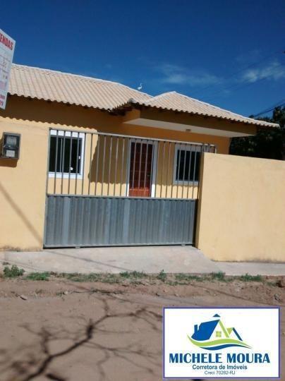 Casa Para Venda Em Araruama, Viaduto, 2 Dormitórios, 1 Banheiro, 2 Vagas - 83