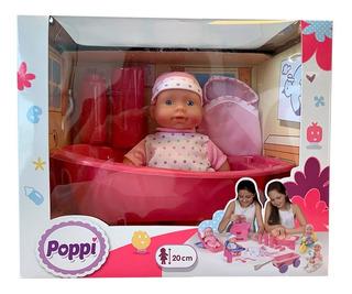 Muñeca Bebe Poppi Con Bañadera + Accesorios 20cm Pc