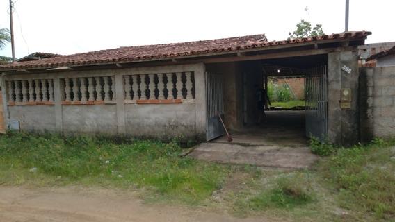 Casa 130 Metros Com Varanda Em Três Lados, Toda Em Telha.