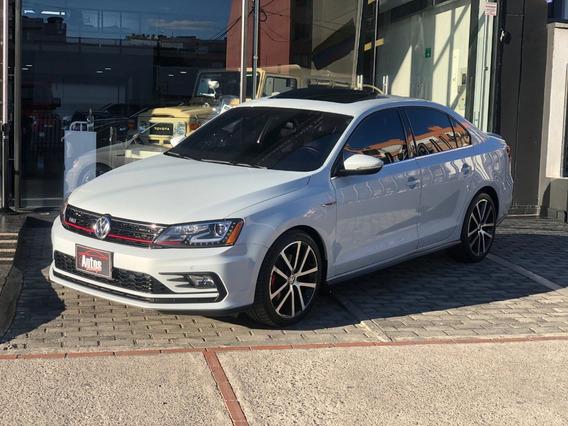 Volkswagen New Jetta Gli