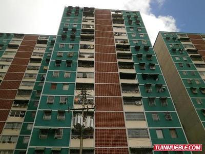 Apartamentos En Venta - Urb. Izcaragua-guarenas - 17-3875