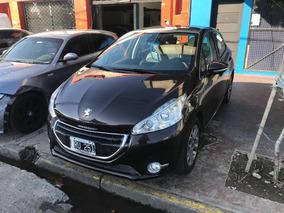 Peugeot 208 2015 Feline Chocado Volcado