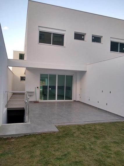 Casa Com 4 Quartos, 3 Suítes E 10 Vagas No Bairro Santa Branca. - Gar9672