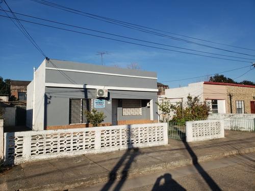 Casa 2 Dormitorios Con Garage