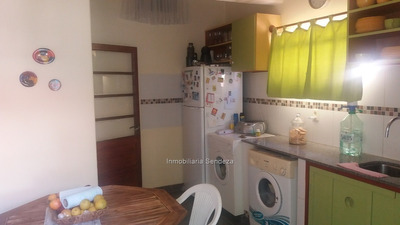 Casa Impecable, Segura, 3 Dorm, Fondo, Cochera!