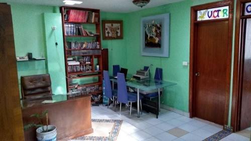 Casa En Venta En Culhuacán, Iztapalapa A 2 Cuadras Del Metro