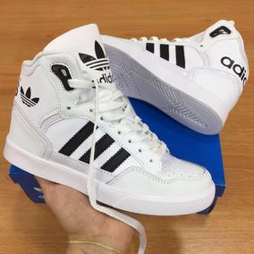 1c9de95e3928 Tenis Adidas Male Azul En Bota Hombre - Tenis para Mujer en Mercado ...