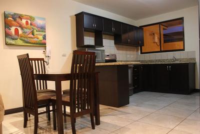 Venta Apartamento En Residencial Antigua. 3 Ríos