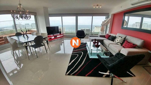 Apartamento En Venta Playa Brava Wind Tower,  4 Dormitorios- Ref: 216801