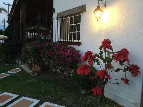 Casa En Venta En Lomas De Cocoyoc. Atlatlahucan, Morelos