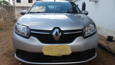 Renault Logan 1.6 Expression Hi-power 4p 2014