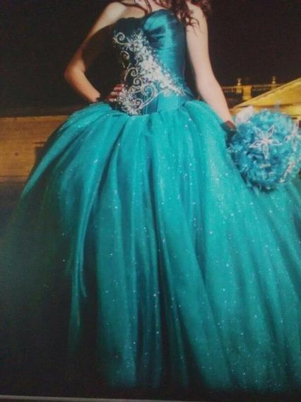 Vestido Xv Años, Color Verde Jade Con Falda Corta.