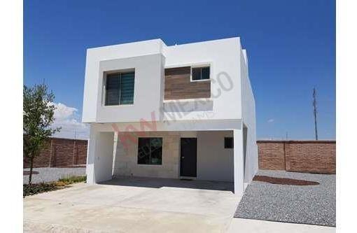 Casa Inteligente En Venta Al Norte De Saltillo Fraccionamiento Cerrado