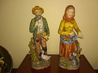 Pareja De Ancianos Granjeros - Porcelana Japonesa