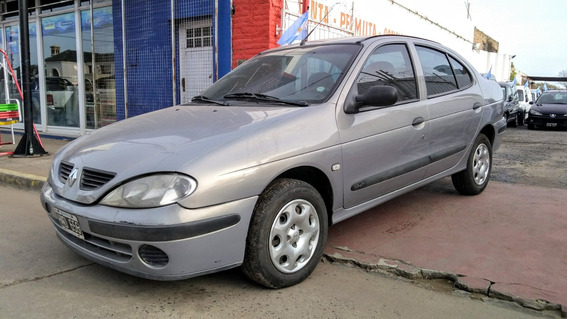 Renault Megane 1.9 L Td Pack Plus 2008 - Alvaro Oroza