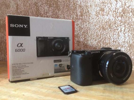 Câmera Sony Alpha 6000 + 16/50 C/ Estabilizador