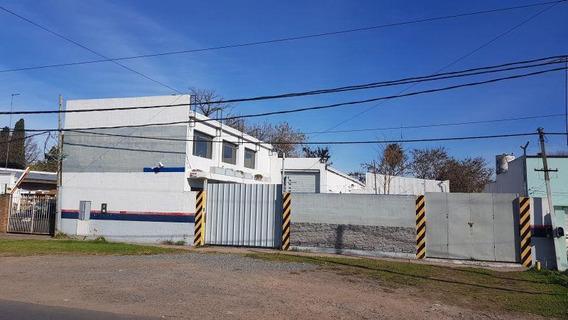 Galpon En Venta En 149/44 Y 45 La Plata - Alberto Dacal Propiedades