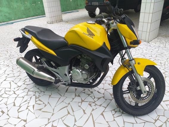 Moto De Garagem Unico Dono Cb300