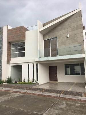 Se Vende Casa En Parque Hidalgo, Lomas De Angelópolis