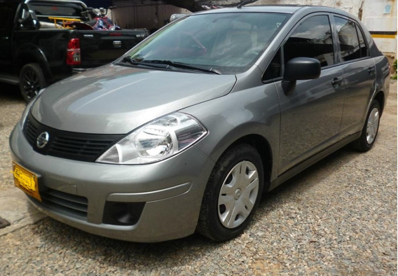 Vendo Mi Auto Nissan Tiida 2014