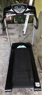 Esteira Eletrônica Johnson - Treo T 207 - 110v - Usado