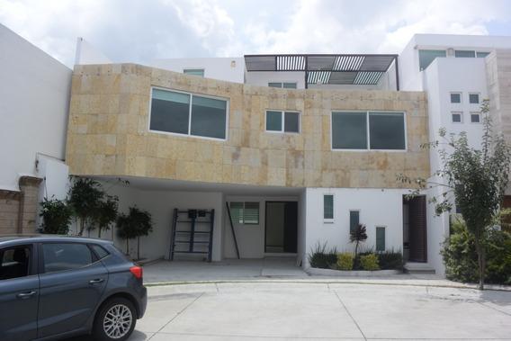 Casa De 5 Recamaras 5 Baños Lomas De Angelópolis 3ra Sección