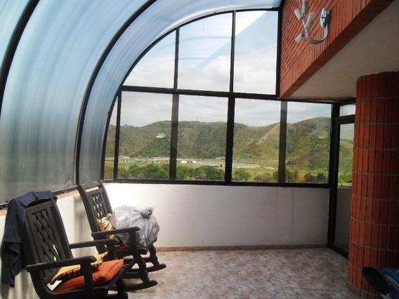 Penthouse En Venta En La Soledad Res Mi Gabriela 04243745301