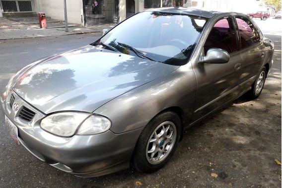 Hyundai Elantra Automatico Año 2000
