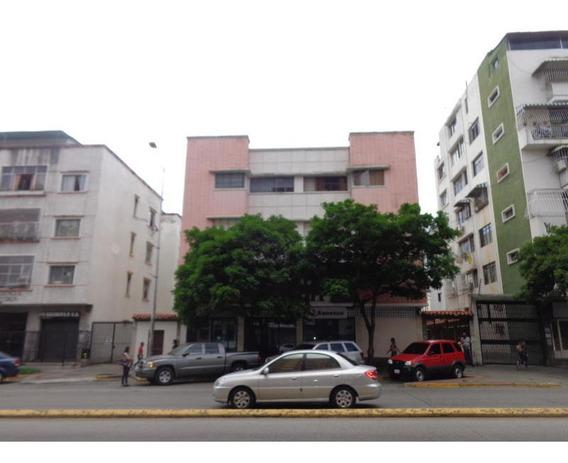 Apartamentos En Venta - Las Acacias - 19-16394