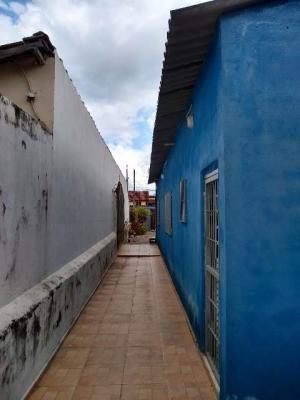 Imagem 1 de 9 de Casa No Bairro Cibratel 2,com 01 Dormitório Em Itanhaém 7735