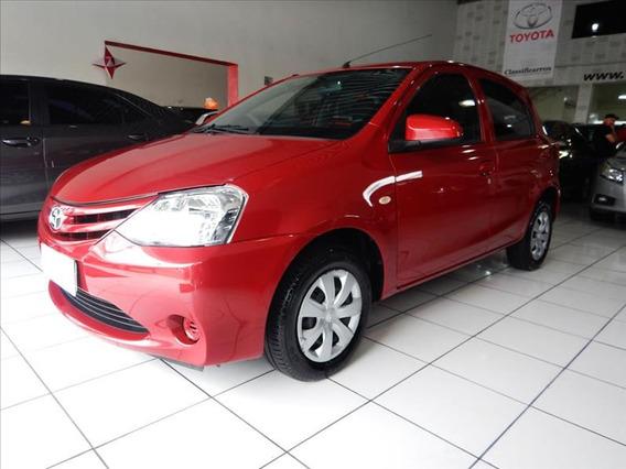 Toyota Etios X 1.3 16v (flex) 2016