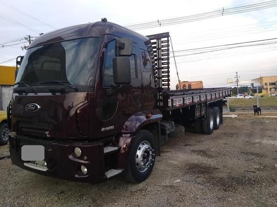 Ford Cargo 2428 (6x2) Carroceria 2012