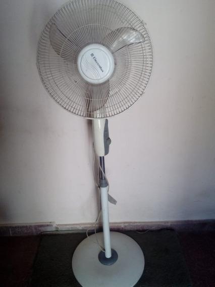 Ventilador De Pie Electrolux 45 Watts Funciona Perfecto
