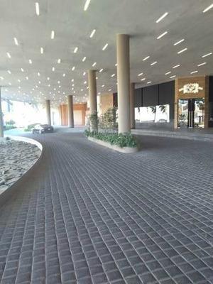 Local En Renta, Plaza Pabellón, Colinas De San Javier, Guadalajara Jalisco
