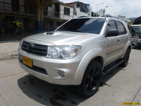 Toyota Fortuner 3000