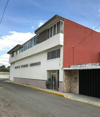 Casa En Venta Cerca De La Buap , Col. Universidades
