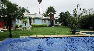 B3183 - ¡un Nivel! Hermosa Casa Estilo Cuernavaca