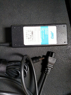 Fuente Notebook Toshiba 19v-4,74a-90w- 5,5*2,5mm 10032