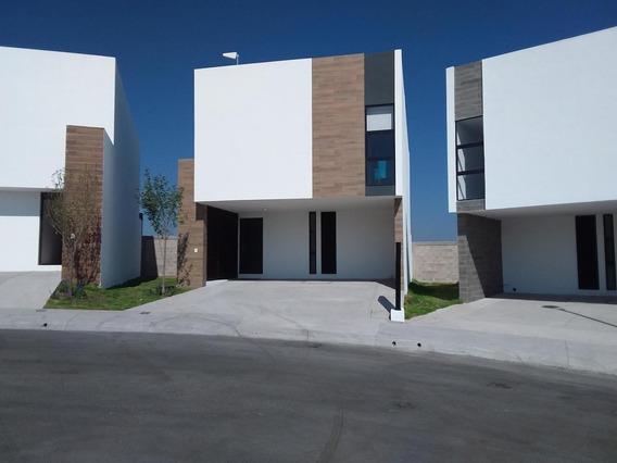 Casa En Venta Queretaro Zibata En Privada Vanguardista E Inovador