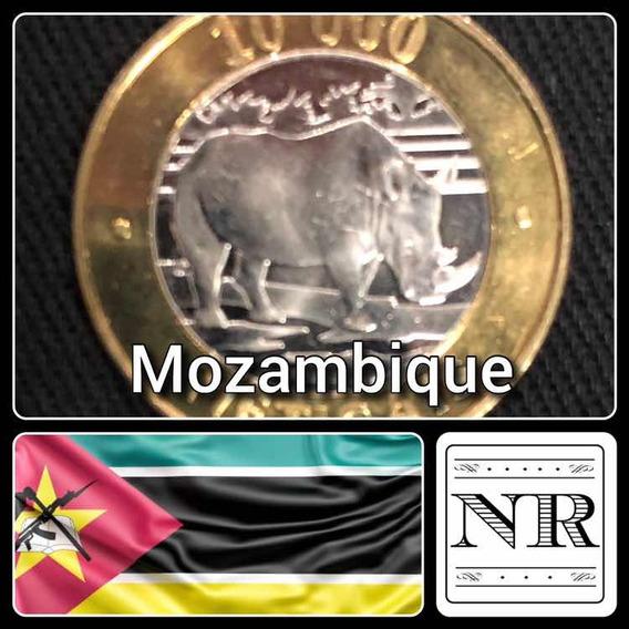 Mozambique - 10.000 Meticas - Año 2003 - Km # 131 - Bimetal