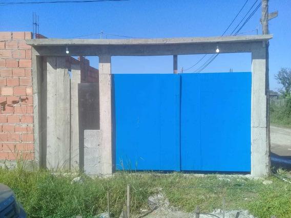 Vendo Uma Casa Na Fazendinha Tamanho Do Terreno 11x30.