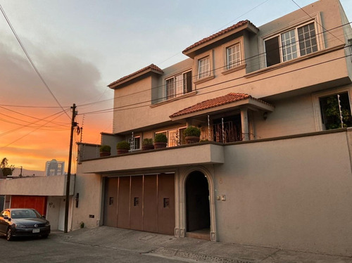 Imagen 1 de 17 de Casa En Venta En Lomas De Tecamachalco