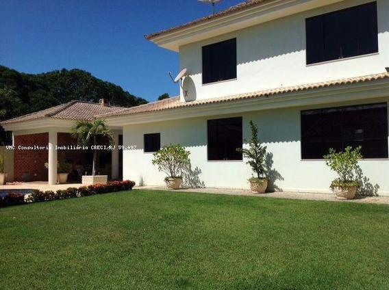 Casa Para Venda Em Araruama, Bananeiras, 1 Dormitório, 3 Suítes, 5 Banheiros, 5 Vagas - Iv0230