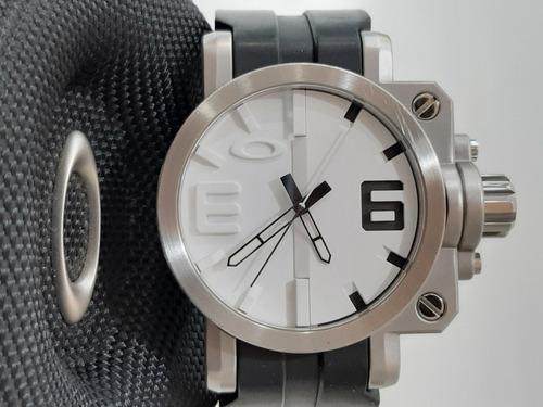 Relógio Usado Oakley Gearbox Saphire Cristal