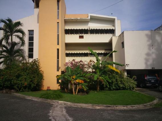 Se Vende, Casa Estilo Duplex 3hab Alado Hotel Embajador!