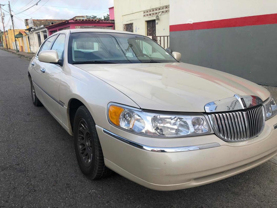 Lincoln Town Car Versión Cartier