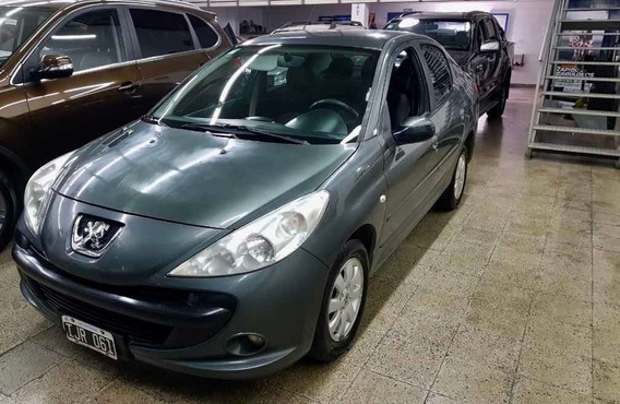 Peugeot 207 Compact Xs Compact 1.4